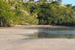 plaża powiększa się przy odpływie