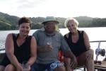 Dorota i Basia z naszym przewodnikiem Jackiem w Viani Bay
