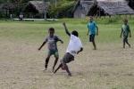 dziatwa szykuje się do turnieju piłkarskiego