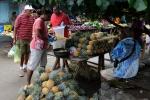 ananasy na miejscu lub na wynos