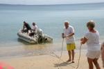 cumujemy ponton na plaży w Banam Bay
