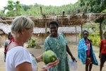 Basia dostała papaję
