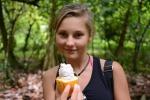 Julka z owocem kakaowca