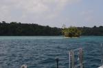 pierwsze kotwicowisko przy wyspie Lumalhe