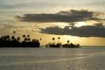 zachód słońca widziany z kotwicowiska przy Kenelo Point 08.09.2014 PK