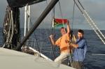 Kuba z Piotrem z banderą PNG ZS