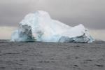 góry lodowe przed Wyspą Franklina
