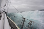na staysailu płyniemy pod wiatr - Ocean Południowy