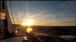 pierwszy raz widzimy słońce przy horyzoncie na Morzu Rossa