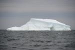 góra lodowa oderwana z szelfu Morza Rossa