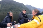 ekipa wypadowa na pontonie