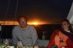 Doktore i Ania przy kolacji w kokpicie