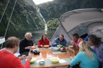 kolejny posiłek w kokpicie - krem z brokułów z krewetkowym szaszłykiem