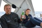 Tomciu z polskim piwem po walce z waleczną rybą