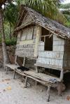 chata w wiosce na Panasia Island