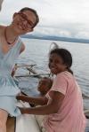 Agata z nowo poznaną Papuaską