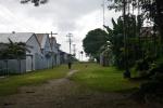 główna droga prowadząca przez wioskę na Samarai