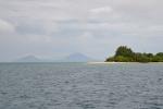 widok na wulkany przy Rabaul z Duke of York