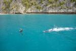 Hanka z Olką w wodzie