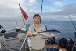 Janek ze złowionym przy Bagabag tuńczykiem 25.07.2015