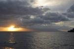 Karkar w promieniach zachodzącego słońca