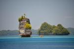 samotna wyspa przy Seventy Islands