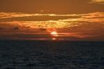 słońce wpada do morza