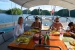 sałatka z kaczką, pomarańczami i orzechami włoskimi po wizycie u meduz