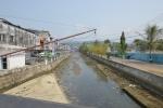 kanał w centrum Ambon KM