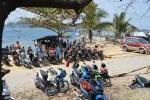 motorynki przy kapitanacie w Sorong