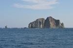 Wyspa Nusa Kodang przy południowo-wschodnim krańcu Komodo KM