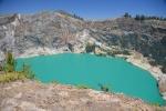 szmaragdowe jezioro w wulkanie Kelimutu