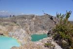 niesamowite kolory jezior wulkanu Kelimutu