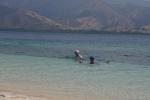 Magda z Markiem korzystają z uroków turkusowej wody