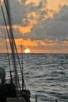 budzi się dzień na Oceanie Indyjskim 29.07.2016