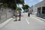 jedna z dwóch wybetonowanych ulic w wiosce