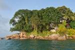 hotel na niewielkiej wysepce Chauve Souris ZS