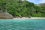 typowa seszelska plaża