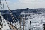 fala się wybudowywuje od południowo-wschodniego wiatru